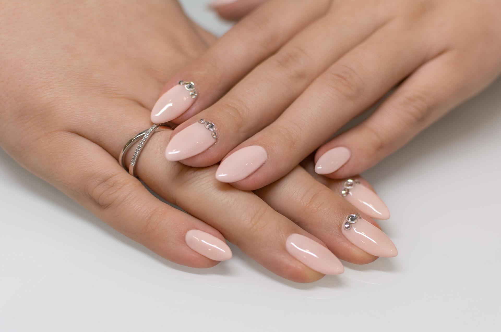 Manicure żelowy Gliwice